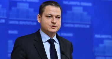 Fostul ministru al Turismului,  Mircea Dobre, la raport. Voucherele  de vacanţă, cea mai mare realizare
