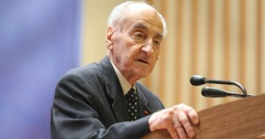 A murit preşedintele de onoare al PNL, Mircea Ionescu Quintus. Avea 100 de ani