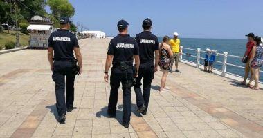 Jandarmii, la datorie pe străzi