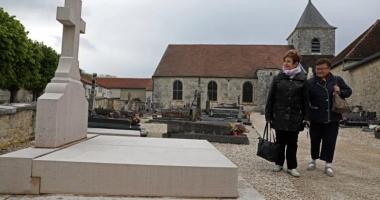 Mormântul generalului  Charles de Gaulle, vandalizat