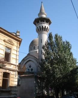 Moscheea Carol I are nevoie urgent  de reparaţii