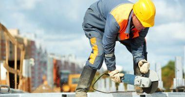 Vrei un job bine plătit? Locuri de muncă în străinătate - Spania şi Germania, primele opţiuni
