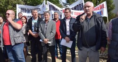 Muncitorii de la Oil Terminal Constanța cer demisia ministrului Energiei