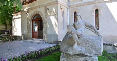 """Muzeul de sculptură """"Ion Jalea"""", deschis pentru vizitatori"""