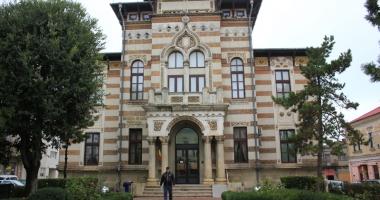 Colecţie personală de costume autentic româneşti, la Muzeul de Artă Populară Constanţa