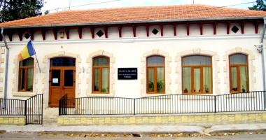 Comoara Muzeului de Artă de la Topalu, în pericol!
