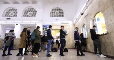 Ministrul Educației sprijină propunerea ca studenții să primească 12 călătorii gratuite cu trenul