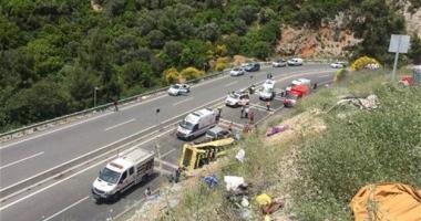 TRAGEDIE DE PROPORȚII, ÎN TURCIA. Un autocar s-a răsturnat. Peste 20 de morți