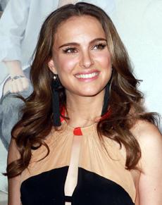 Natalie Portman s-a căsătorit cu dansatorul  şi coregraful francez Benjamin Millepied