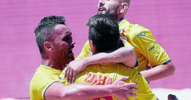 Naţionala României de fotbal pe plajă, în cantonament, la Eforie Sud