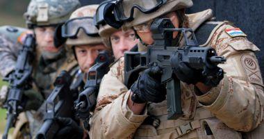 NATO: Cheltuielile de apărare ale aliaţilor, la cel mai ridicat nivel din ultimii 5 ani