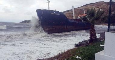 """Cargoul """"Sinan Naiboglu"""" a fost aruncat pe țărm de furtună"""