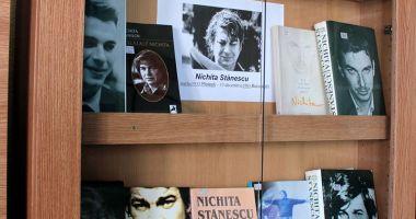 """""""Nichita, poetul  din viitor"""", expoziţie  la Muzeul de Istorie"""