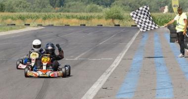 Nicio etapă fără emoţii în Campionatul Naţional de karting! Fraţii Onoaie, curse excelente