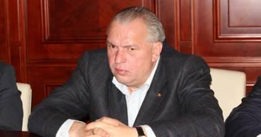 Nicu�or Constantinescu, condamnat la �nchisoare cu executare