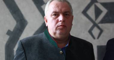 Nicu�or Constantinescu, trimis �n judecat� pentru finan�area cluburilor  sportive din Constan�a