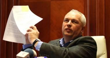 O nou� lovitur� pentru Nicu�or Constantinescu! Ce i-au preg�tit procurorii