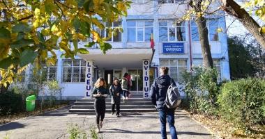 Nouă universităţi îşi prezintă oferta educaţională liceenilor de la