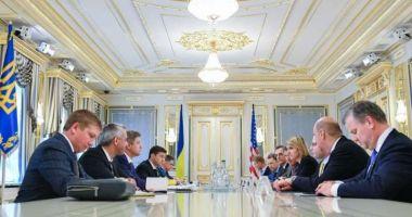 Noul preşedinte al Ucrainei cere SUA să înăsprească sancţiunile împotriva Rusiei