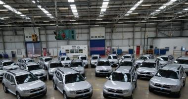 Primele fotografii cu noul model Dacia Duster