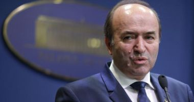 Soarta lui Tudorel Toader, decisă miercuri de PSD. Cine ar putea fi noul ministru al Justiţiei