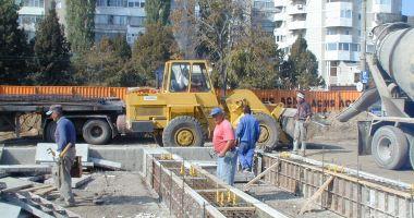 Numărul autorizațiilor de construire pentru locuințe este în declin