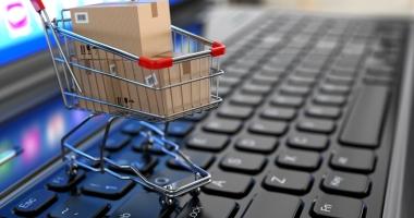 Numărul cumpărătorilor online s-a dublat în ultimul deceniu