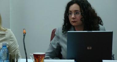Procurorul Oana Schmidt H�ineal� este noul pre�edinte al CSM