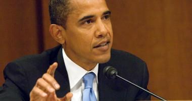 Barack Obama conduce în lupta pentru prezidenţiale