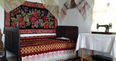 Obiceiuri şi tradiţii  păstrate din moşi strămoşi