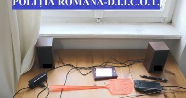 Pedofil olandez, de 71 de ani, arestat de Poliţia Română