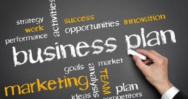 """""""Primul meu business plan"""" / 1000 de studenţi, pregătiţi să devină antreprenori"""