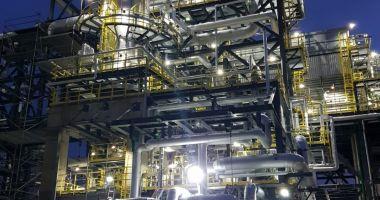OMV Petrom externalizează unele operațiuni și servicii