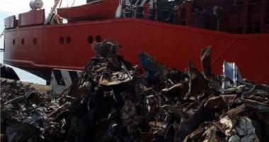 O navă bulgărească cu deşeuri periculoase a fost reţinută în Italia