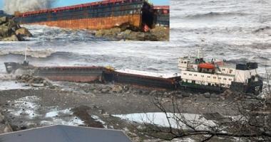 O navă s-a rupt în două, în timpul furtunii de pe Marea Neagră