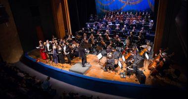 Invitaţie la operă, numai cu mască şi în limita a 150 de locuri