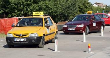 Opt clase, condiţie obligatorie pentru a obţine permisul auto
