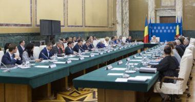 Guvernul discută azi proiectul de buget pe 2019, precum şi modificări ale Ordonanţei care instituie