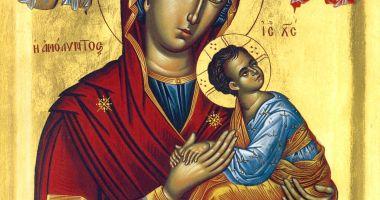 Sărbătoare religioasă. Creștinii ortodocși o cinstesc pe Maica Domnului