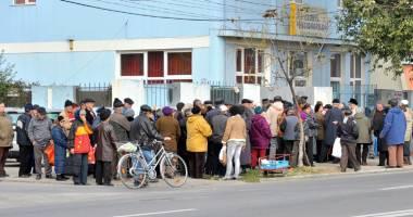 Programul de distribuţie a pachetelor cu alimente, prelungit