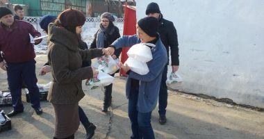 Primăria Constanța asigură pachete cu alimente persoanelor vulnerabile