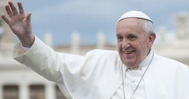 Vizita Papei Francisc în România va fi marcată de Banca Naţională. BNR pune în circulaţie monede din aur