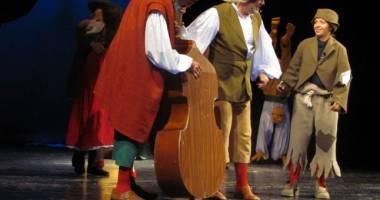 Spectacol românesc de păpuși, la Festivalul de la Ankara