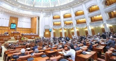 Parlament - plen comun: Moțiunea de cenzură va fi citită luni, la ora 16,00