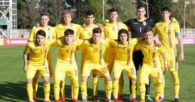 Patru fotbalişti  ai Academiei Hagi, convocaţi  la naţionala U17