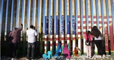 Pentagonul deblochează un miliard de dolari pentru zidul lui Trump
