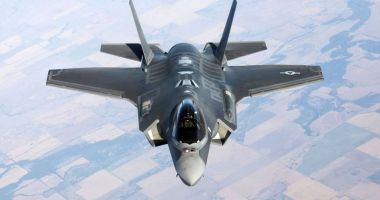 Pentagonul suspendă livrările de echipamente pentru avioanele F-35 către Turcia