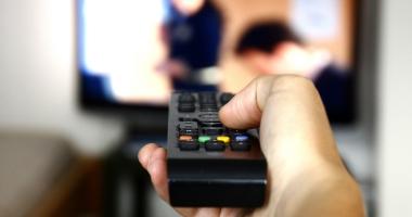 Filme porno la tv, la orele prânzului