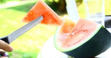 Cura de pepene verde ne menţine sănătoşi şi în formă