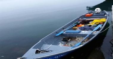 Pescari rătăciţi în Marea Neagră, salvaţi de poliţiştii de frontieră